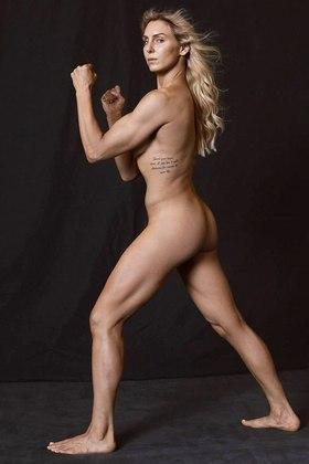 Nude WWE wrestling diva