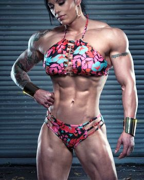 Female Physique Competitor Picture