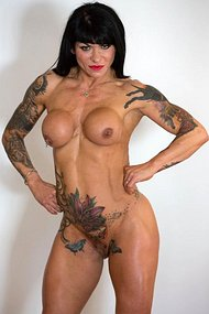 Muscle Dominatrix Picture