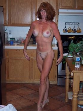 Female Fitness Milf Picture