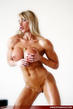 Fetish Muscle Girl Picture