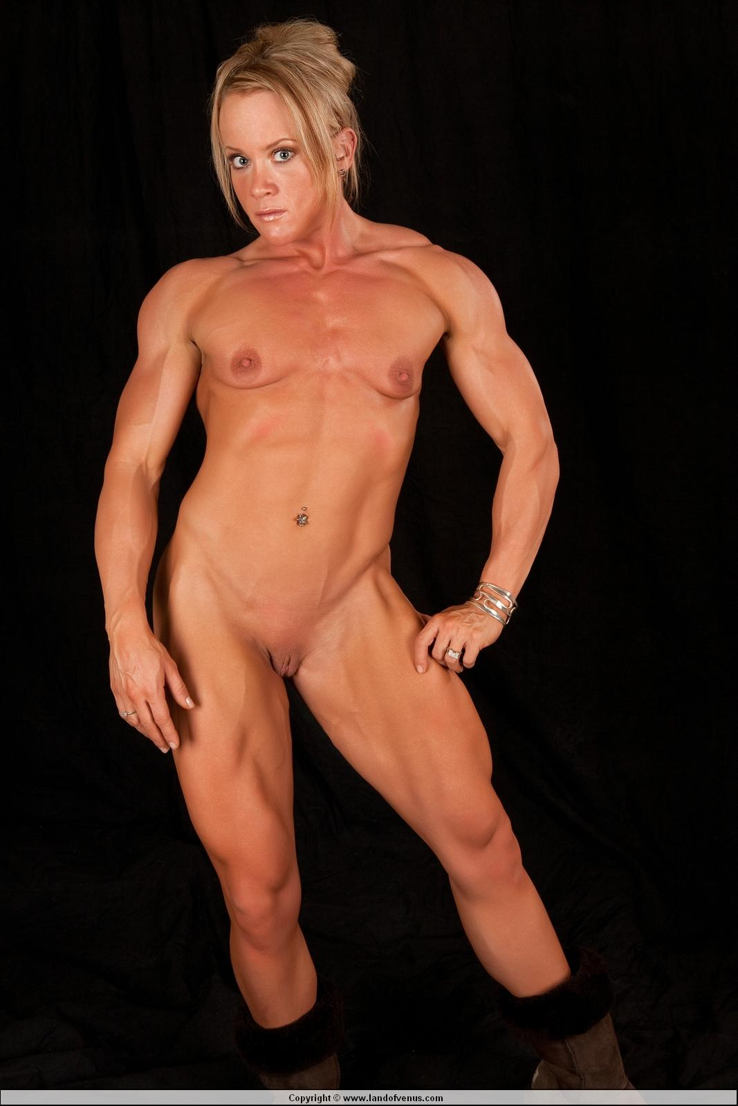 Sexy muscular female nude photos