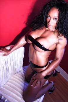Ebony Amazon Bodybuilder Nude Picture