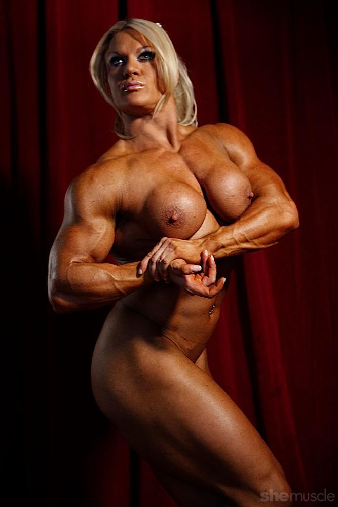 Фото голые женщины бодибилдинг