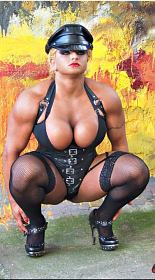 Muscle Girl Dominique Danger Picture