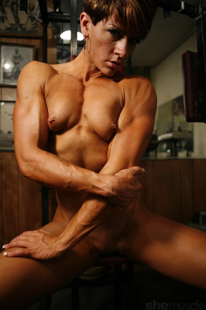Muscle girls naked