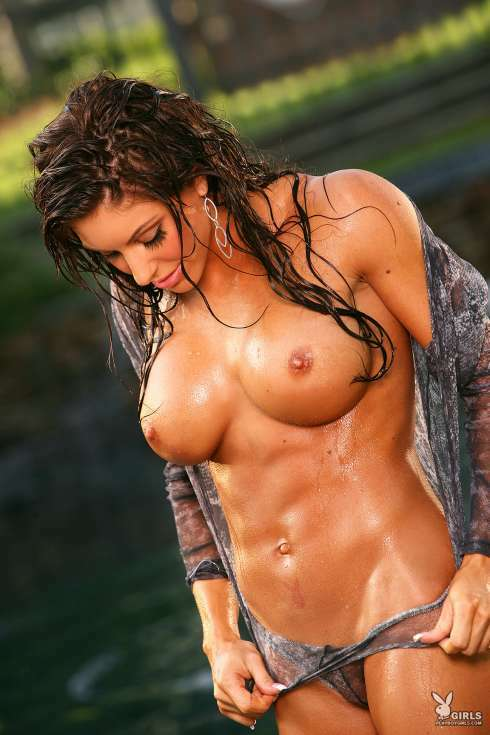 fit hot wet nude girls