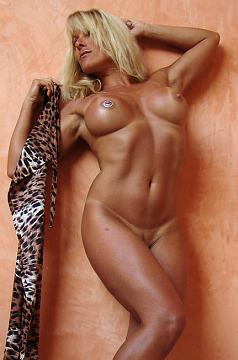 Nude Fitness Girl Michele Picture