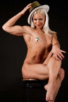 Female Bodybuilder Yelena Mishurin Picture