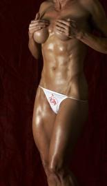 muscle model Samantha Steele picture