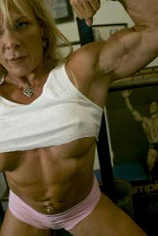 Female Bodybuilder Lauren Powers Picture