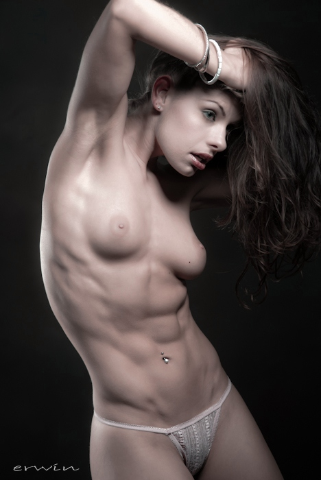 hot nude sexy abs women