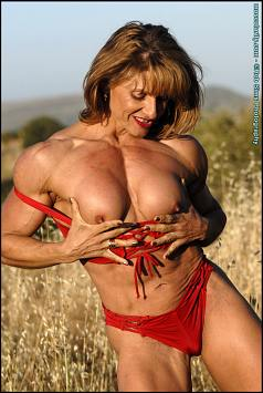 Female Bodybuilder Emery MillerPicture