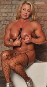 Nude Muscle Model Wanda Moore Picture