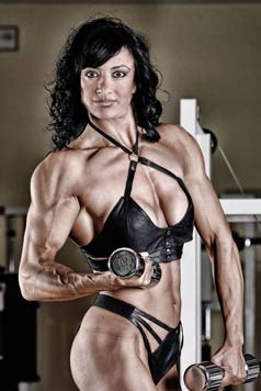 Italian Female Bodybuilder Picture