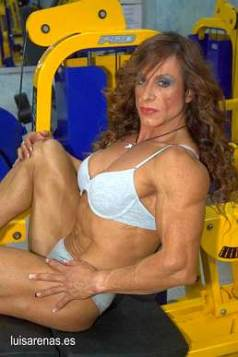 Female Bodybuilder Estefania Saura Moya Picture
