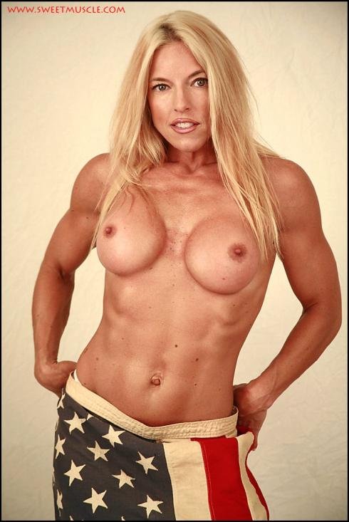 Nude Muscle Babe Stephanie Rupp Picture